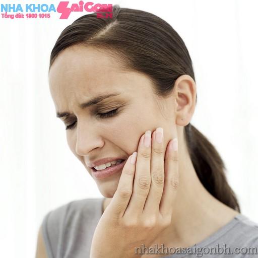 Bệnh nha chu và những biến chứng nguy hiểm