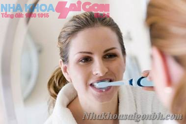 Đánh răng có hiện tượng chảy máu – điều trị như thế nào?