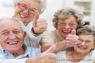 Độ tuổi nào cấy ghép implant là tốt nhất?