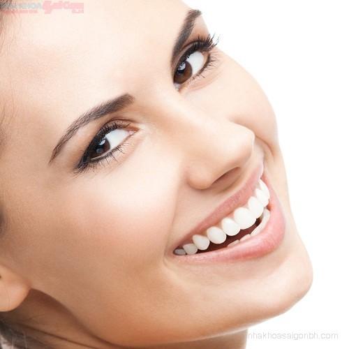 Làm cách nào để tẩy trắng răng an toàn nhanh chóng