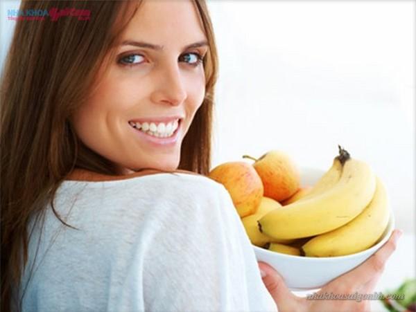 tẩy trắng răng bằng thực phẩm