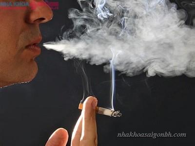 tẩy trắng răng không nên hút thuốc lá