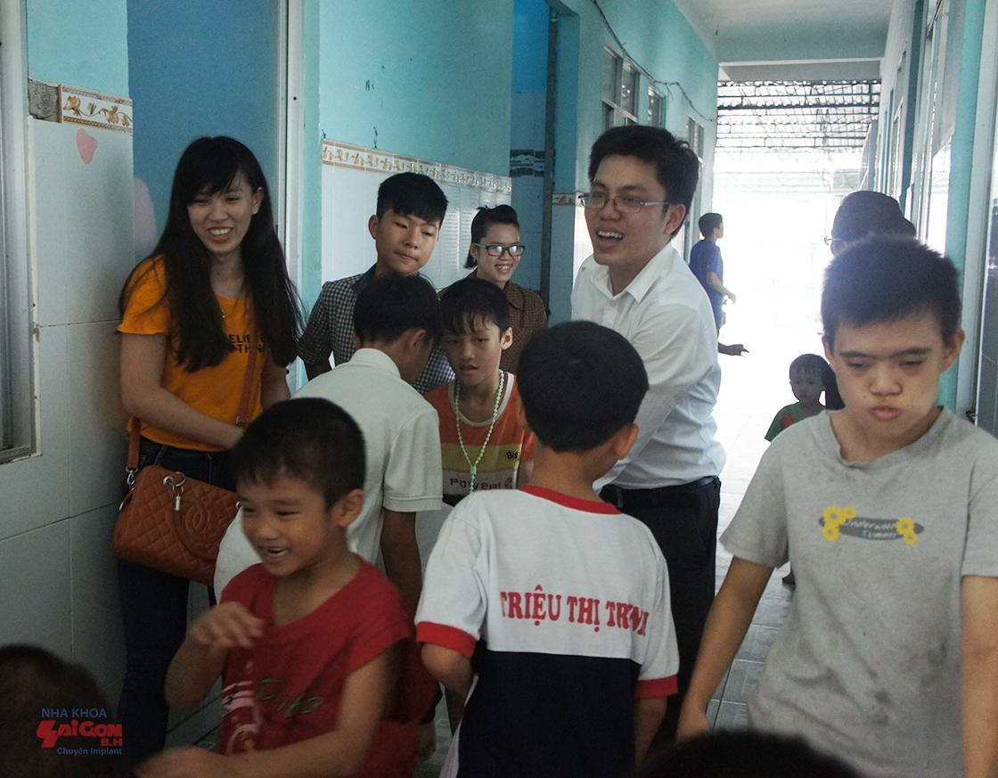 Cảm nhận về chuyến đi từ thiện tại Mái ấm Bé Thơ